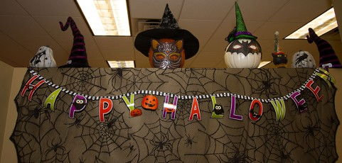 halloween decorating contest win funds for your student organization - Halloween Decorating Contest