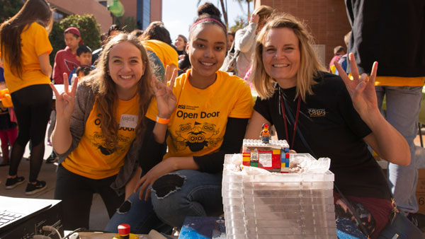 Open Door volunteers
